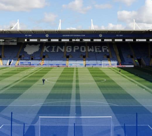 thai-owner-of-leicester-city-fc-feared-dead-in-helicopter-crash Thai Owner of Leicester City FC Feared Dead in Helicopter Crash