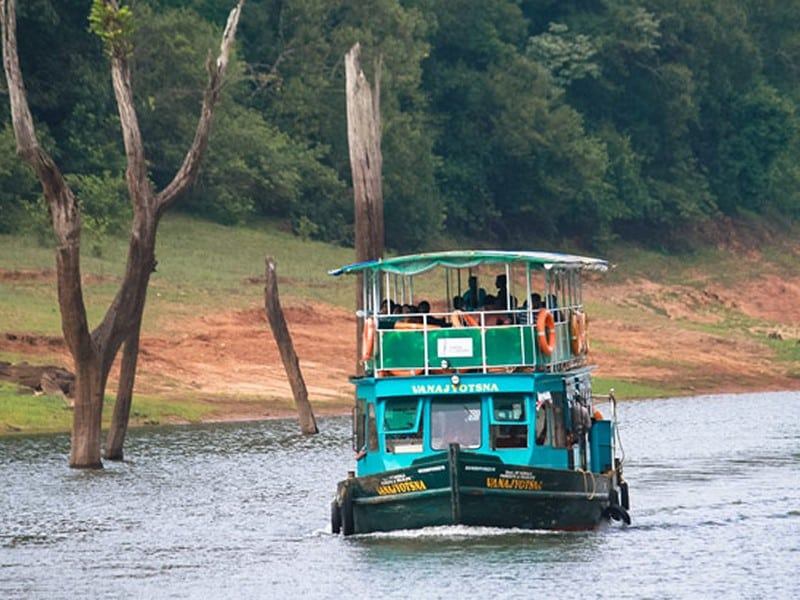 thekkady-boating-online-booking-timings-cost-fare-for-foreigners-and-indians Thekkady Boating-Online Booking, Timings, Cost, Fare for Foreigners and Indians