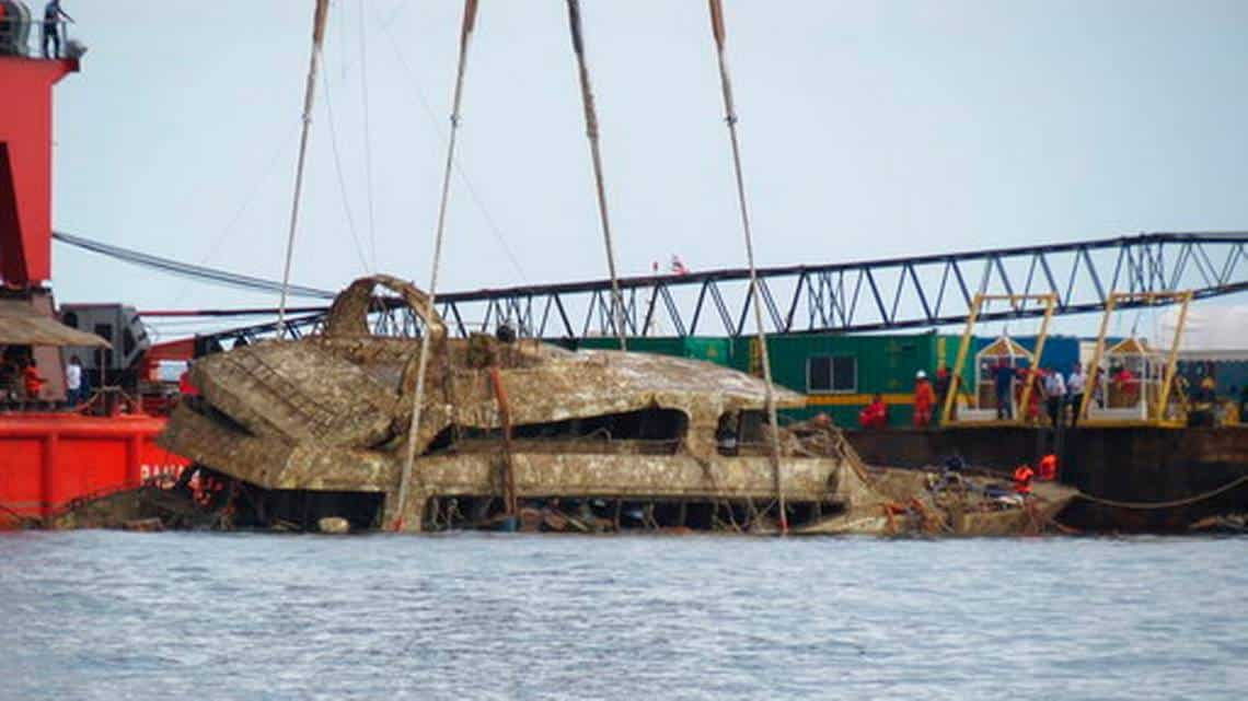 thai-police-say-sunken-ship-failed-to-meet-design-standards-charlotte-observer Thai police say sunken ship failed to meet design standards - Charlotte Observer