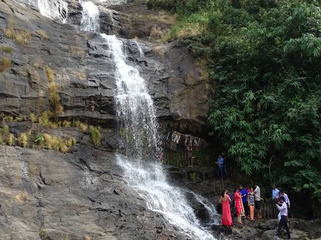 12-most-beautiful-waterfalls-in-kerala-worthy-of-your-bucket-list-11 12 Most Beautiful Waterfalls In Kerala Worthy Of Your Bucket List