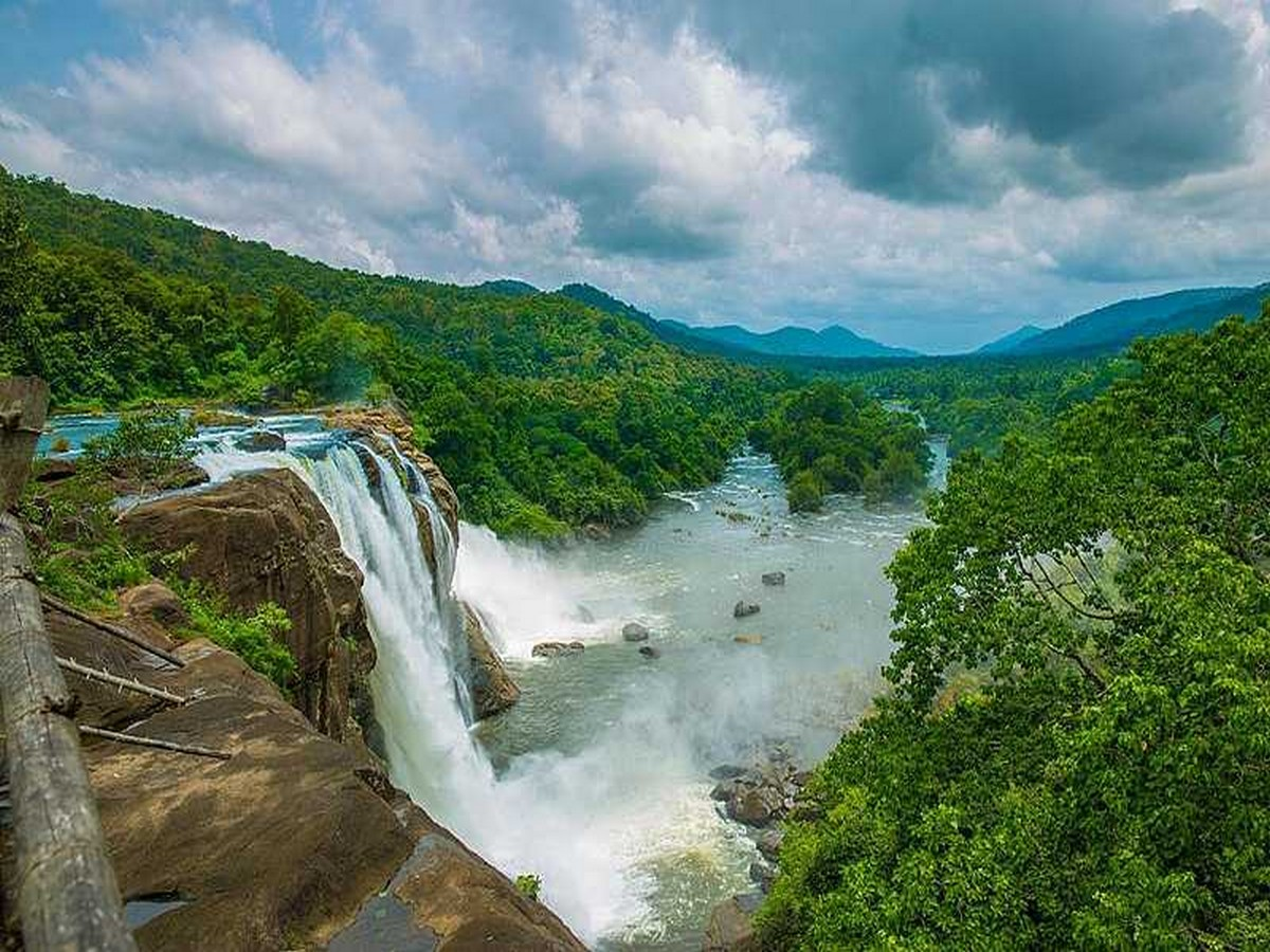 athirappilly-falls-photos-timings-entry-feeimages-routes-4 Athirappilly Falls- Photos, Timings, Entry Fee,Images, Routes