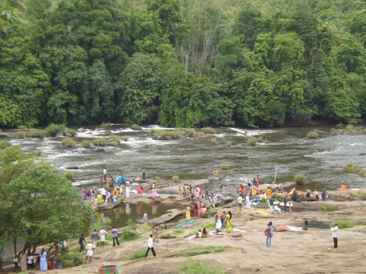 athirappilly-falls-photos-timings-entry-feeimages-routes-6 Athirappilly Falls- Photos, Timings, Entry Fee,Images, Routes