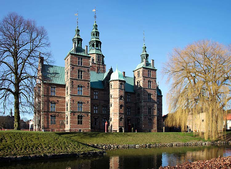 get-ready-to-be-charmed-by-the-beautiful-castles-in-denmark Get Ready to be Charmed by the Beautiful Castles in Denmark