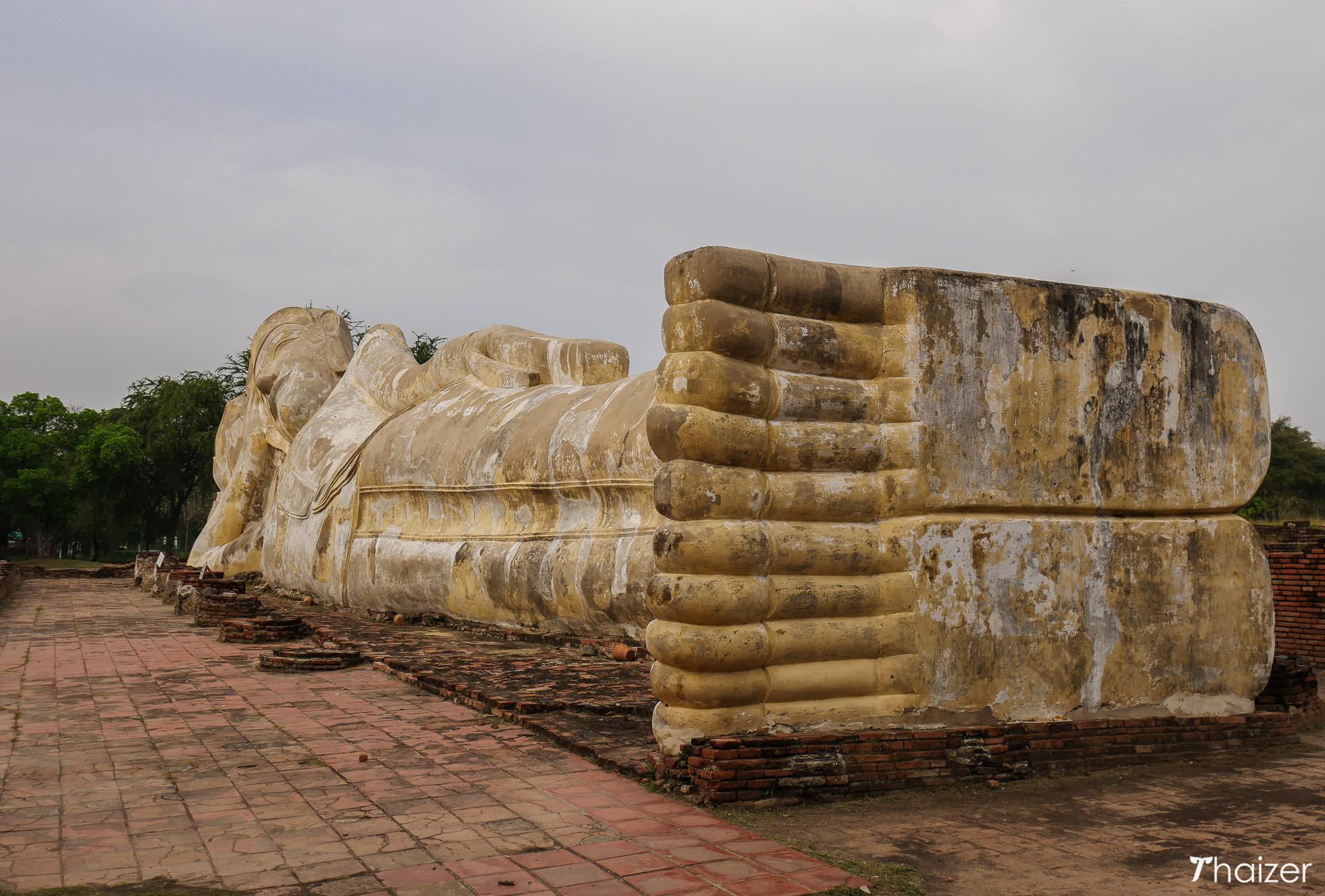 reclining-buddha-wat-lokaya-sutha-ayutthaya-2 Reclining Buddha, Wat Lokaya Sutha, Ayutthaya