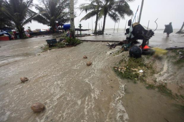 thailands-beach-paradises-slammed-by-deadly-tropical-storm-cbs-news Thailand's beach paradises slammed by deadly tropical storm - CBS News