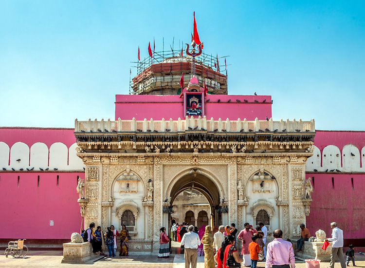 fall-in-love-with-royal-bliss-with-the-popular-things-to-do-in-udaipur-4 Fall in Love with Royal Bliss With the Popular Things to do in Udaipur