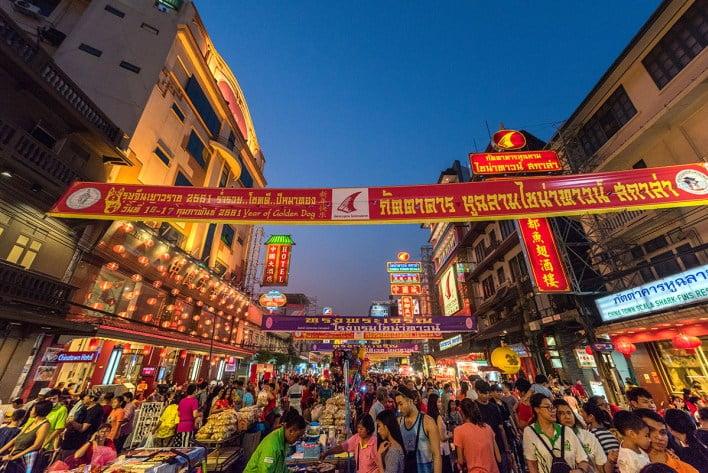 bma-turns-yaowarat-silom-khao-san-roads-into-walking-streets-this-december BMA turns Yaowarat, Silom, Khao San roads into 'walking streets' this December