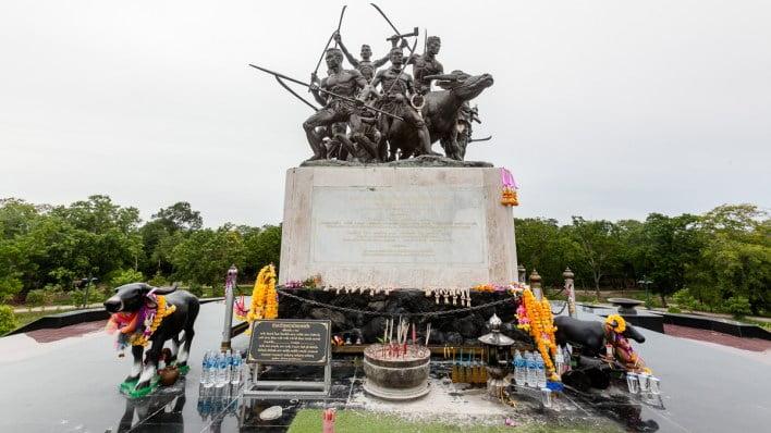 Sing Buri preserves legend of brave Thai heroes at Bang Rachan